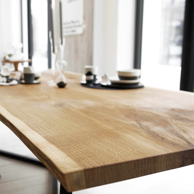 Tisch eiche great esstisch milton kchentisch tisch eiche for Tisch design eiche