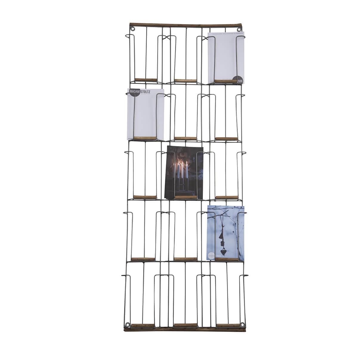 Madam Stoltz – Kartenhalter aus Holz & Messing