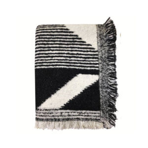 Tagesdecke – Schwarz-Weiß Muster mit Fransen