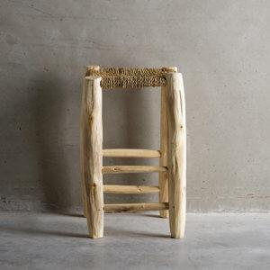 Tine K Home – Hocker aus Holz & Palmenblätter