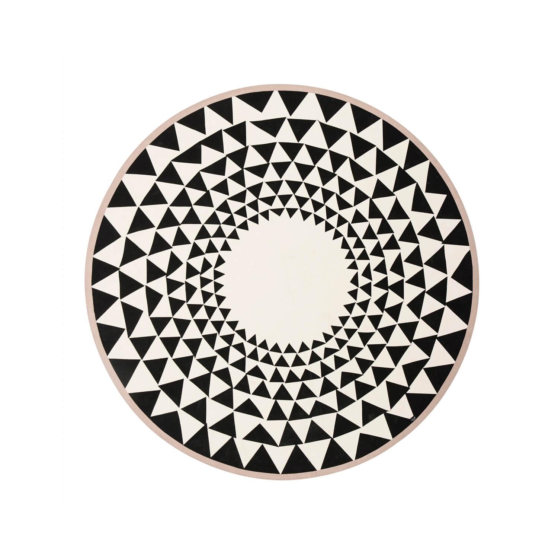 ferm living teppich weihnachtsbaum triangle schwarz wei. Black Bedroom Furniture Sets. Home Design Ideas