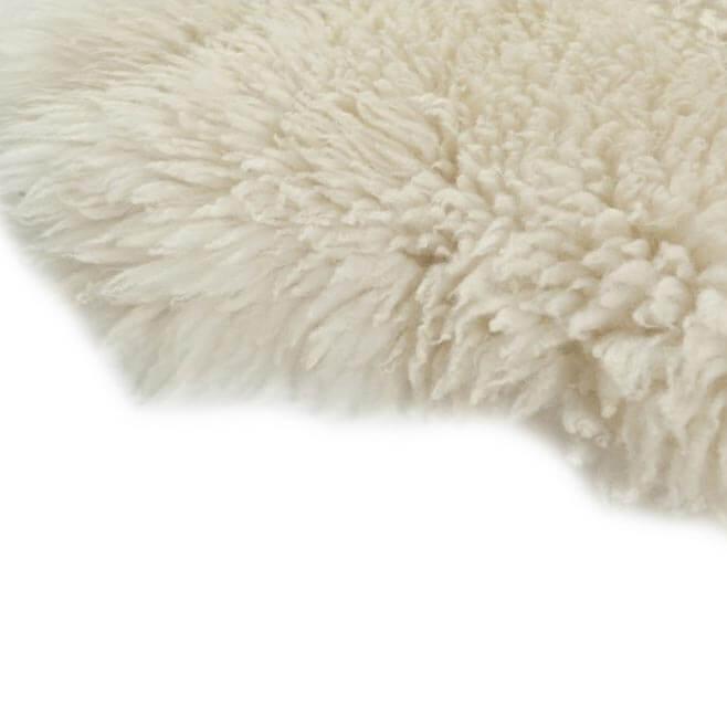 DYRESKINN – Isländisches Schaffell – Kurz – Weiß