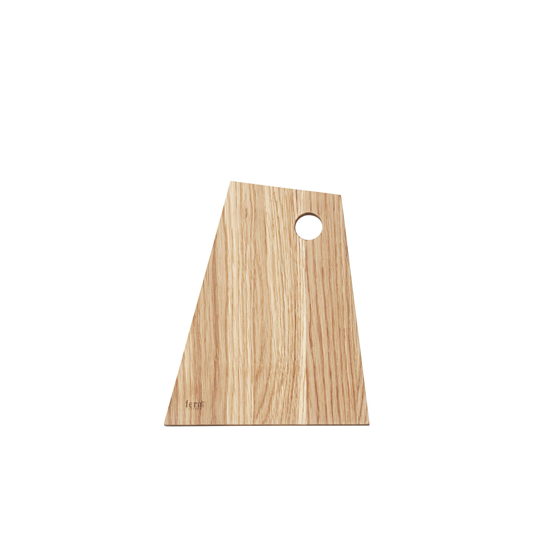 ferm living asymmetric schneidbrett small ca b18 x h22 x t1 5 cm. Black Bedroom Furniture Sets. Home Design Ideas