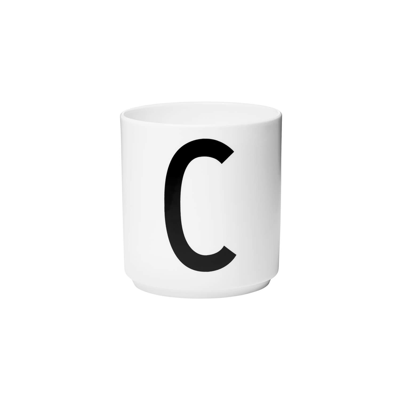 Design Letters – Porzellan-Becher C – Weiß