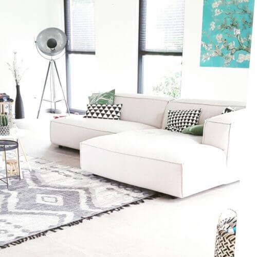FEST Amsterdam – Couch DUNBAR – Divian Board