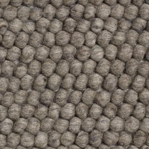 HAY – PEAS Teppich – Dunkelgrau – 80 x 140 cm