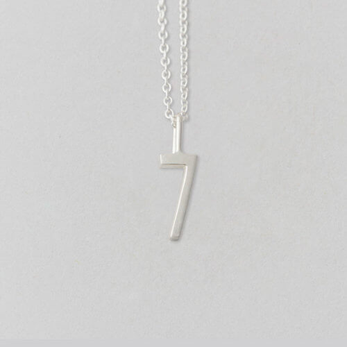 Design Letters Zahl 7 Silber (10mm) – Lucky Numbers mit oder ohne Kette