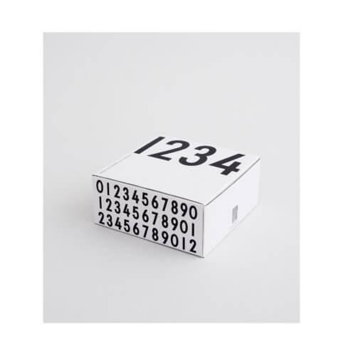 Design Letters Espressotassen in Weiß, in weißer Box