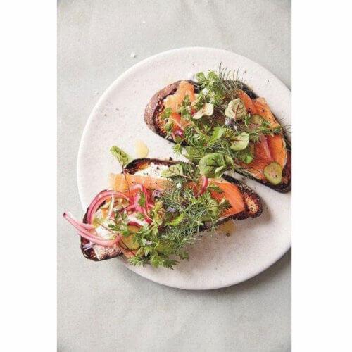 Cook beautiful von Athena Calderone