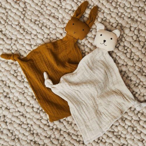 LIEWOOD Schnuffeltuch Polarbär Beige