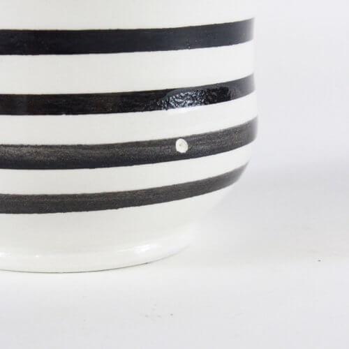 Marokkanische Tasse Streifen Schwarz-Weiß B-Ware, Detail Boden