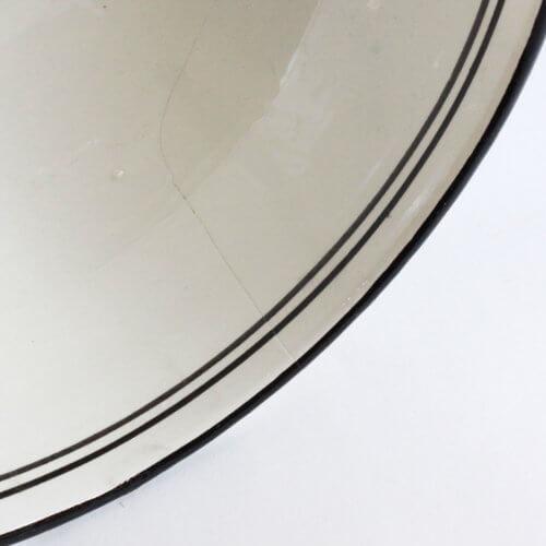 Marokkanische Suppenschale Schwarz-Weiß L B-Ware, Detail Riss